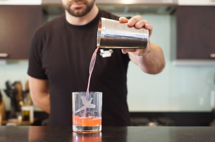 Home Bar Project: How to Make a Bramble