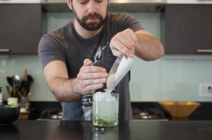 Home Bar Project: How to Make a Mojito