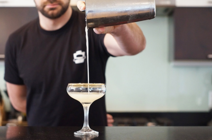 Home Bar Project: How to Make a Bee s Knees