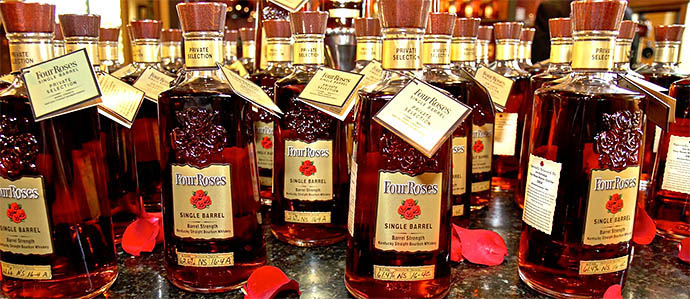 2013 Holiday Gift Guide: 5 Gifts For Whiskey Lovers