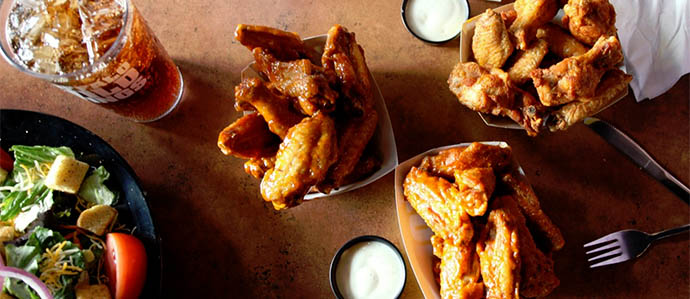 Best Bars for Wings in Denver