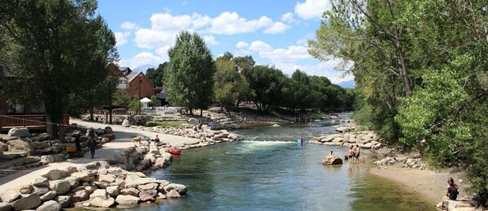 Colorado Roadtrip: Where to Drink in Salida