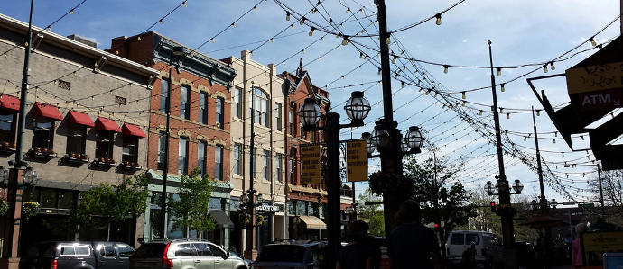 Dine Al Fresco in Larimer Square this Summer