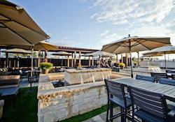 ViewHouse Eatery, Bar & Rooftop - Centennial